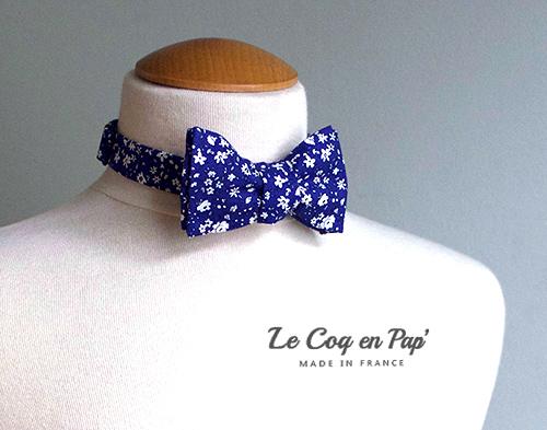 Noeud papillon bleu roi fleurs blanches Le Coq en Pap France